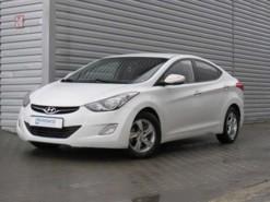 Hyundai Avante 2011 г. (белый)