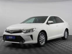 Toyota Camry 2016 г. (белый)