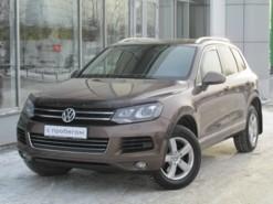 Volkswagen Touareg 2012 г. (коричневый)