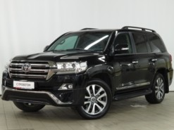 Toyota Land Cruiser 2016 г. (черный)