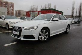 Audi A6 2017 г. (белый)
