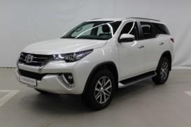 Toyota Fortuner 2017 г. (белый)
