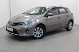 Toyota Auris 2014 г. (бежевый)