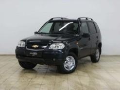 Chevrolet Niva 2010 г. (черный)