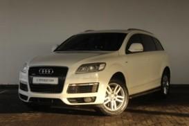 Audi Q7 2008 г. (белый)