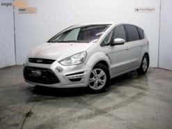 Ford S-max 2011 г. (серебряный)