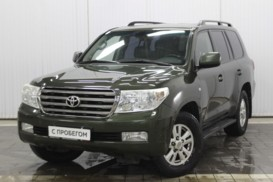 Toyota Land Cruiser 2008 г. (зеленый)