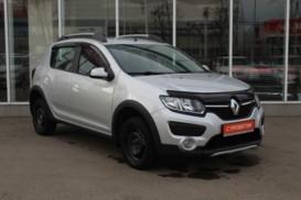 Renault Sandero 2017 г. (серебряный)