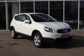 Nissan Qashqai 2013 г. (белый)