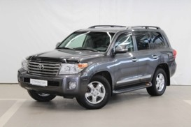Toyota Land Cruiser 2015 г. (серый)