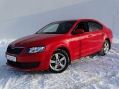 Škoda Octavia 2013 г. (красный)