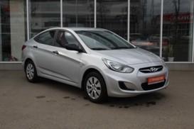 Hyundai Solaris 2012 г. (серебряный)