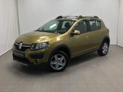Renault Sandero 2017 г. (зеленый)