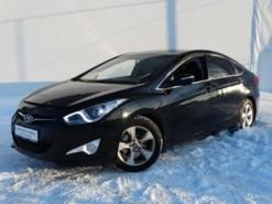 Hyundai i40 2013 г. (черный)