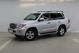 Toyota Land Cruiser 2014 г. (серебряный)