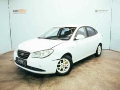 Hyundai Elantra 2008 г. (белый)