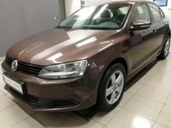 Volkswagen Jetta 2014 г. (коричневый)