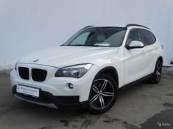 BMW X1 2013 г. (белый)