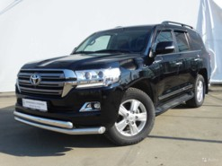 Toyota Land Cruiser 2016 г. (черный)