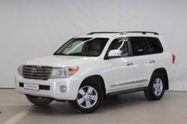 Toyota Land Cruiser 2012 г. (белый)