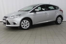 Ford Focus 2012 г. (серебряный)