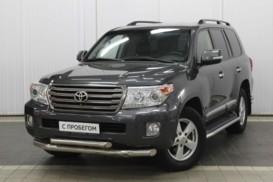 Toyota Land Cruiser 2014 г. (серый)
