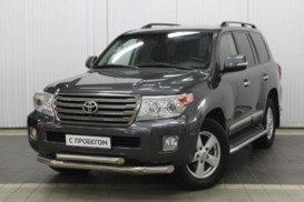 Toyota Land Cruiser 2014 г. (серый)