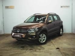 Volkswagen Tiguan 2015 г. (коричневый)