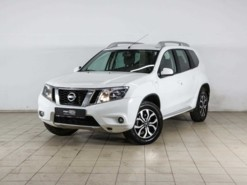 Nissan Terrano 2015 г. (белый)
