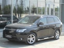 Mitsubishi Outlander 2013 г. (черный)