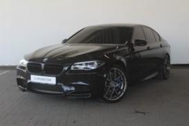 BMW M5 2013 г. (черный)