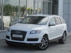 Audi Q7 2013 г. (белый)