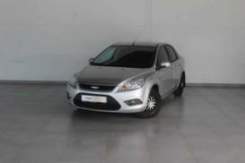 Ford Focus 2010 г. (серебряный)