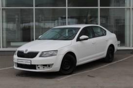 Škoda Octavia 2015 г. (белый)