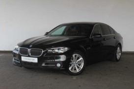 BMW 5er 2014 г. (черный)