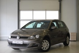 Volkswagen Golf 2013 г. (серебряный)