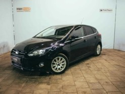 Ford Focus 2012 г. (черный)