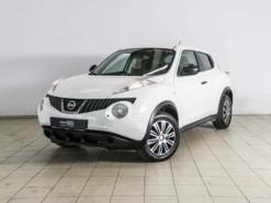 Nissan Juke 2013 г. (белый)