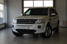 Land Rover Freelander 2012 г. (белый)