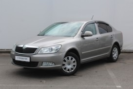 Škoda Octavia 2011 г. (серый)
