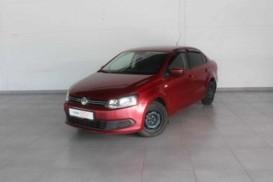 Volkswagen Polo 2012 г. (красный)