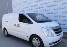 Hyundai Grand Starex 2008 г. (белый)