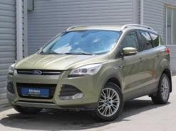 Ford KUGA 2013 г. (зеленый)