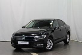 Volkswagen Passat 2015 г. (черный)