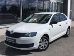Škoda Rapid 2017 г. (белый)