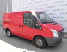 Ford Transit Custom 2011 г. (красный)
