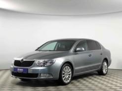 Škoda Superb 2013 г. (серебряный)