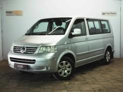 Volkswagen Multivan 2008 г. (серебряный)