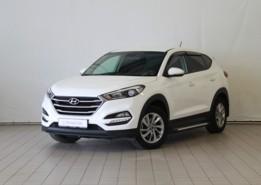 Hyundai Tucson 2016 г. (белый)