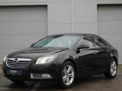Opel Insignia 2010 г. (черный)